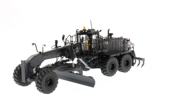 Caterpillar 18M3 Motor Grader Special Edition in Black Onyx Finish Greyder