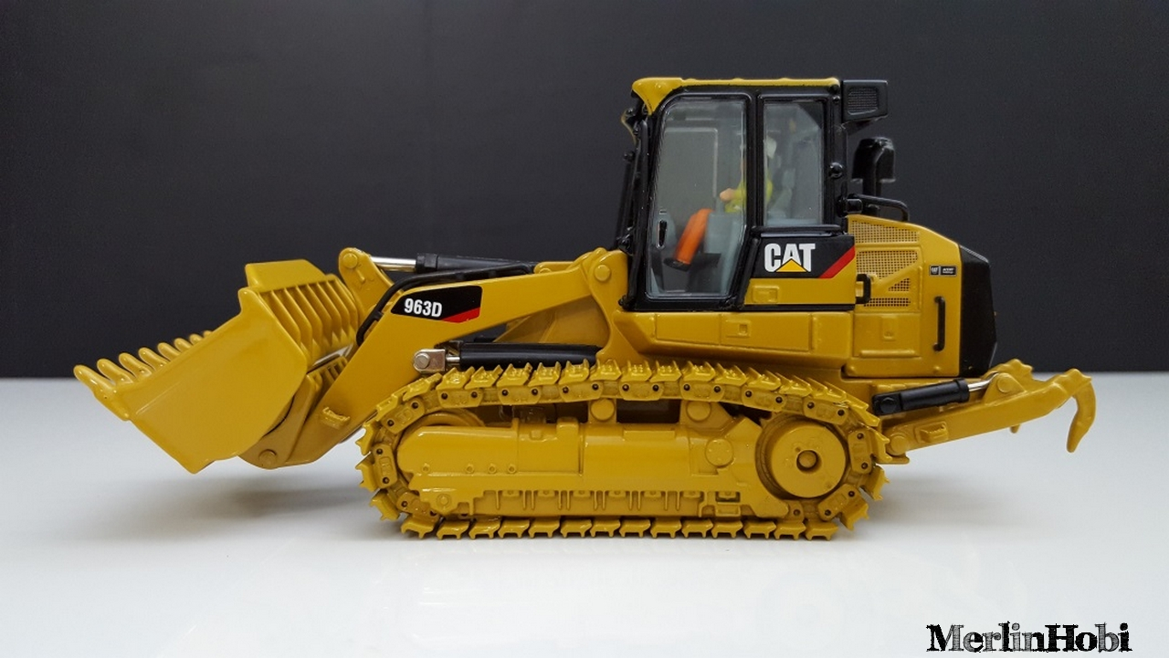 Caterpillar 963D  Dozer